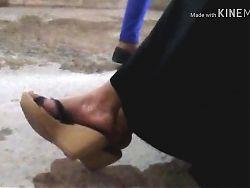 Sandalias sexys de madura