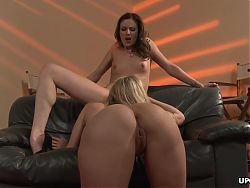 Julia Ann and Samantha Ryan are eating each other's pussy